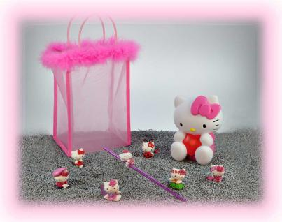 Hello Kitty Set, 6 Figuren, 1 Trinkhalm, 1Spardose