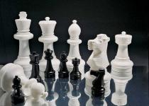 Schachfiguren von Rolly Toys,