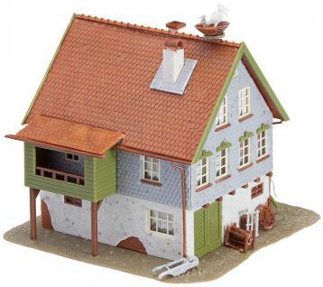 Faller 130280 Haus mit Storchennest