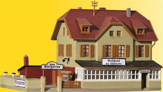 Kibri 37114 Gasthaus mit Biergarten