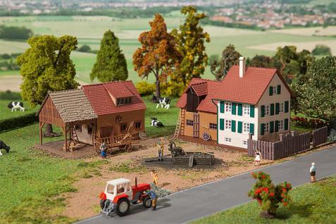 Faller 190210 Bauernhof-Set mit Zubehör