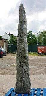 Steinfiguren Stele, Monolith aus Naturstein, 182 cm hoch