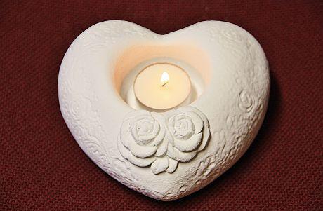 Steinfigur Licht Herz groß, Figur aus Steinguss, für ein Teelicht geeignet