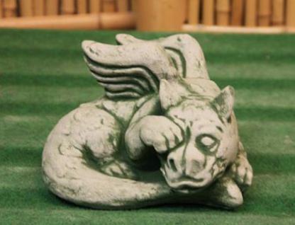 Drache Traumich (klein) aus Steinguss