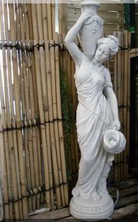 Steinfigur Wasserspeier Frau aus Steinguss