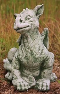 Steinfigur großer, sitzender Drache, Fantasyfigur aus Steinguss
