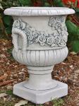 Steinfiguren Rosen Amphore, Übertopf aus Steinguss