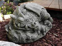 Steinfigur, schlafender Drache, Drache aus Steinguss