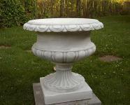 Steinfigur Amphore, Pflanzkübel aus Steinguss