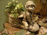 Steinfiguren Troll zum Bepflanzen, Fantasyfigur aus Steinguss