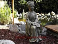 Steinfigur Geisha, Skulptur aus Steinguss