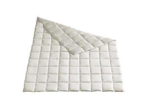 Daunen Bettdecke 155x220 cm Luxus Sommer-Decke aus dem Moschus-Royal-Programm von Häussling 9x11 Karo
