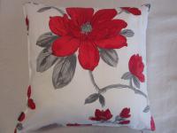 Kissenbezug Liv 50x50 cm für Sofakissen Farbe Ecru/Rot von Proflax