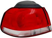 RÜCKLEUCHTE / HECKLEUCHTE AUSSEN CHROM LINKS TYC für VW Golf VI 08-