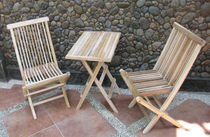 3tlg. Sitzgruppe Sevilla aus Teakholz, Tisch 60 x 60 cm