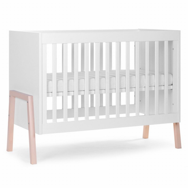 childwood baby und kinderbett b120na mit holzbeinen. Black Bedroom Furniture Sets. Home Design Ideas