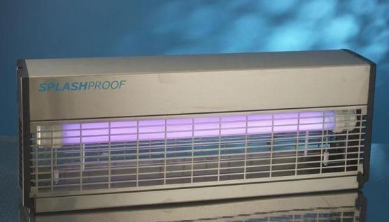 Splashproof Insektenvernichter Professional IPX4 (80 WATT)