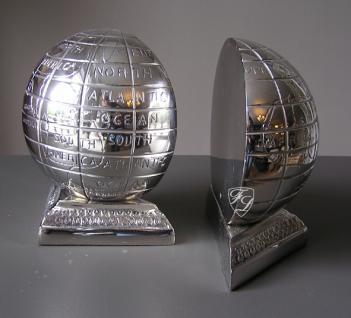Erdkugel Globus Buchstützen Chrom Aluminium Super Bowl Fan Deko