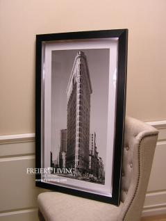 Flatiron Building New York Wandbild schwarz weiß Rahmen schwarz