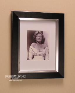 marilyn monroe bild mit schwarzem rahmen kunstdruck kaufen bei helga freier. Black Bedroom Furniture Sets. Home Design Ideas