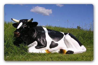 Kuh liegend als Dekofigur Figur Aufstellfigur