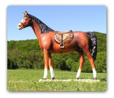 Pferd Lebensgroß mit Sattel Dekofigur Figur Deko