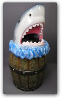 Haifisch Hai Kopf Mülleimer Werbefigur Figur Deko