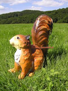 Eichhorn Eichhörnchen Dekofigur sitzend für Ihren Garten - Vorschau 2