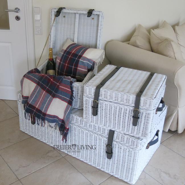 rattan korb mit deckel im maritimen wei als top wohnideen. Black Bedroom Furniture Sets. Home Design Ideas