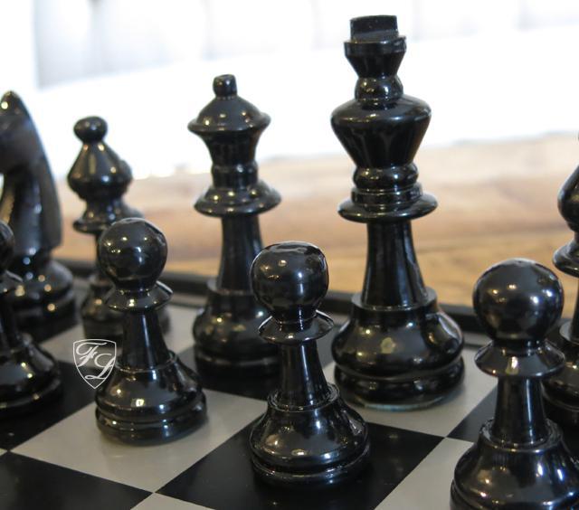 Aluminium Schachspiel edel Metall Luxus Deko Home Interiors Rivera - Kaufen bei Helga Freier