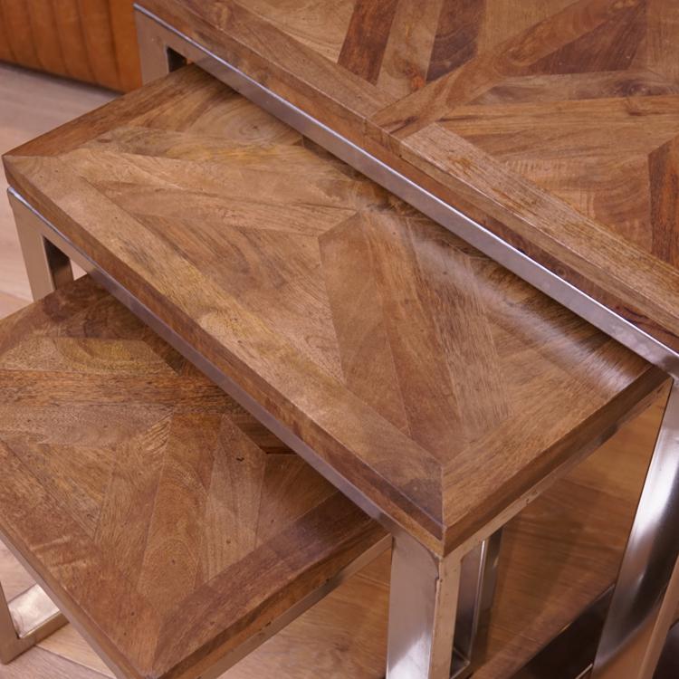 Wohnzimmer tisch sets m belideen for Beistelltisch set holz
