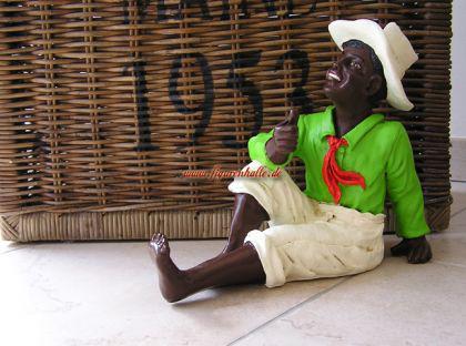 afrika junge als black boy zur dekoration und deko. Black Bedroom Furniture Sets. Home Design Ideas