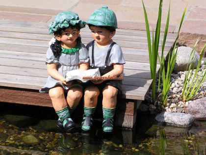 Junge und Mädchen als Figuren zur Garten Dekoration - Vorschau 2