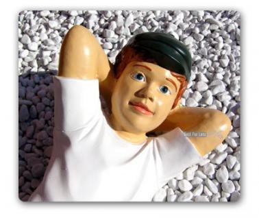 Junge liegend als Gartenfigur Dekoration Figur - Vorschau 2