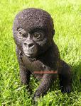 Gorilla Figur als Baby Statue Skulptur Fan Dekoration Artikel