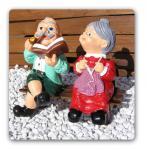 Oma und Opa mit Bank Dekofigur Figuren Statue