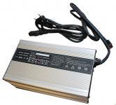 10A LiFePo4 Ladegerät für 48V LiFe Akkus