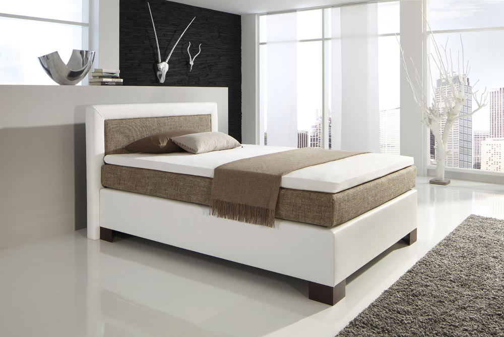 boxspringbett kunstleder wei strukturstoff beige kaufen bei lifestyle4living m belvertrieb. Black Bedroom Furniture Sets. Home Design Ideas