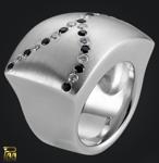 Ring Silber mit eingeriebenen Zirkonia