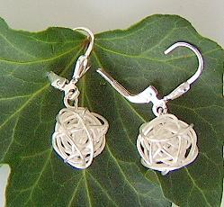 Kugelohrringe silber silberdraht kaufen bei schmuck for Silberdraht kaufen