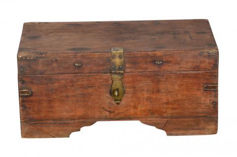 Kleine antike Truhe Box mit Messingbeschlag