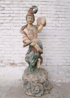 Prächtig bemalte chinesische Holzskulptur Tänzerin Göttin aus dem Jahr 1940