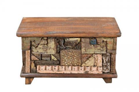 Truhe im Patchwork style aus 100-jährigen Hölzern
