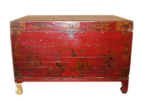 China ca 1890 koloniale Truhe Massivholz mit feiner antiker Malerei