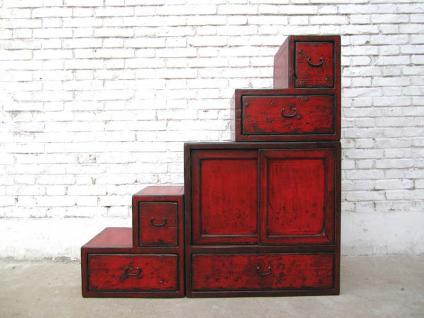 China kleine Treppen Kommode rotbraun viele Schubladen beidseitig aufstellbar unter Schrägen
