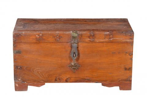 India 1930 rustikale kleine Truhe Box großes Metallschloß Landhausstil