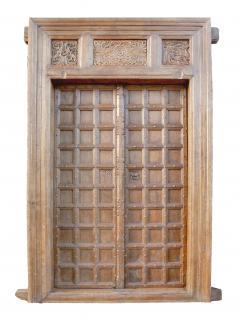 Antike Kassettentür aus dem kolonialen Indien von Luxury-Park - Vorschau