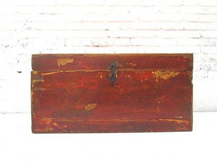 China Mongolei 1890 rustikale Truhe rotbraun lackierte Pinie mit Gebrauchsspuren von Luxury-Park