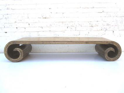 China antik 1910 elegantes Lowboard flache Anrichte ideal für Flachbildschirm zart bemaltes Weidenholz von Luxury-Park