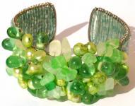 WITHE GREEN SEA & EARTH- Perlen Chrysopras breite Armspange